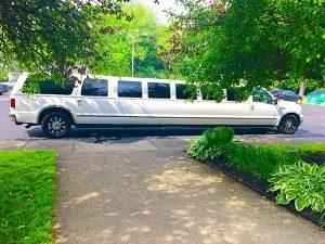 Akron Limousine Service 20 Pass.300
